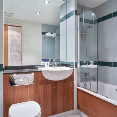 55 Hanover Bathroom