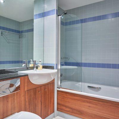 63D Hanover Main Bath